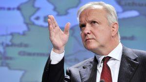 Olli Rehn fick Centerns mandat i Helsingfors.