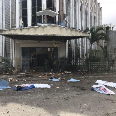 Kyrkan som bombades i Jolo.