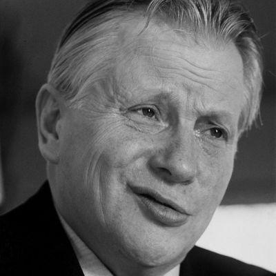 Ministeri Esa Timonen on kuollut.