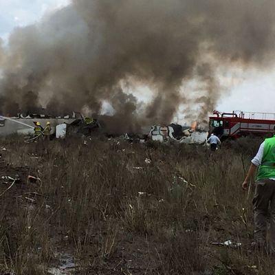 Planet kraschade kort efter att ha lyft från flygplatsen i Durango