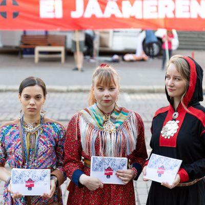 Suoma Sámi Nuorat ja Greenpeace Säätytalo Helsset