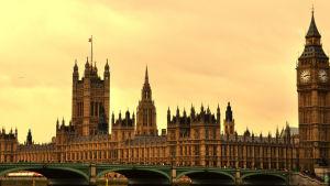 Englannin parlamenttitalo.