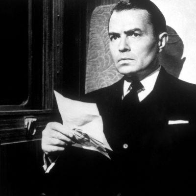 James Mason elokuvassa Operaatio Cicero