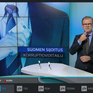 Kuvakaappaus uudesta Yle Areena-playerista, käynnissä Yle Uutiset viittomakielellä.