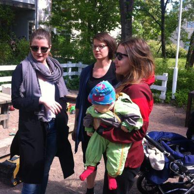 Minni, Maria och Elvi - tre mammor i Helsingfors
