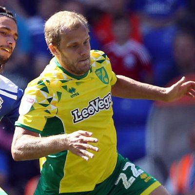 Teemu Pukki i farten för Norwich.