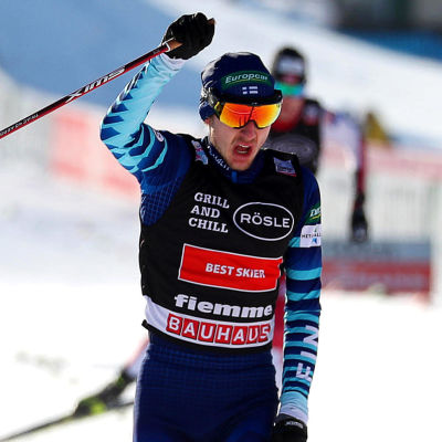 Ilkka Herola firar sin andraplats.
