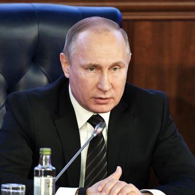 Venäjän presidentin Vladimir Putinin vuosittainen kyselytunti - katso suorana englanniksi tulkattuna
