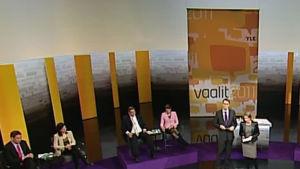 Puolueiden puheenjohtajat studiossa Ylen Suuressa vaalikeskustelussa