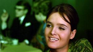 Kristiina Halkola elokuvassa Mustaa valkoisella.
