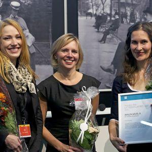 Representanter från förlagen Teos och Schildts och Söderströms samt Malin Kivelä.
