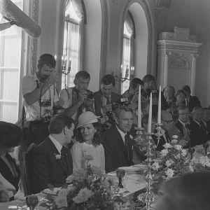 Ruotsin kuningas Kaarle XVI Kustaa ja kuningatar Silvia vierailulla Suomessa, lounas Presidentinlinnassa