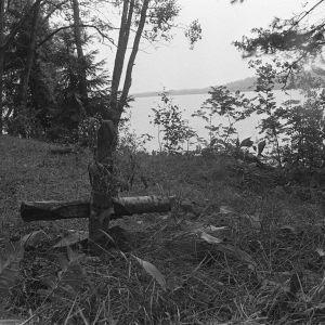 Bild på näset där tre ungdomar mördades år 1960 vid Bodom träsk i Esbo. Mordplatsen 1970.