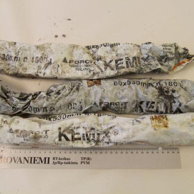Poliisi takavarikoi huumejutun tutkinnassa Kemix-räjähdysainetta.