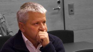 Yksityisetsivä Heikki Voor-Voortia syytetään epäasiallisista perintätoimista.