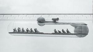 Tapio Wirkkalan suunnitteleman monorail tulevaisuuden kaupunkiin Munchenin maailmannäyttelyyn