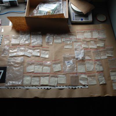 Olika droger som polisen beslagtagit på Åland.