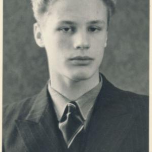 Harry Paavola nuorena