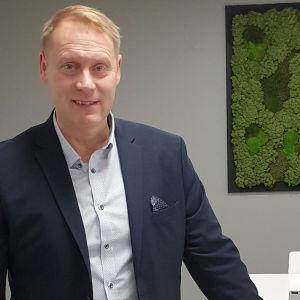 Fredrik Björk är ny vd för Kvevlax sparbank