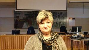 Stadsstyrelsens ordförande i Lojo, samlingspartisten Irene Äyräväinen.