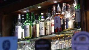 Alkohol på glashylla