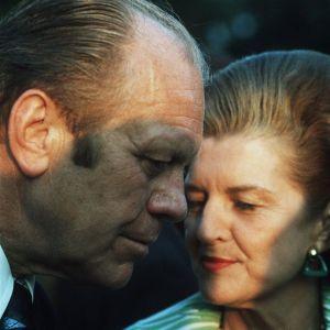 Puutarhajuhla Kalastajatorpalla Etyk-kokouksen yhteydessä 1975. Yhdysvaltojen presidentti Gerald Ford ja rouva Betty Ford.