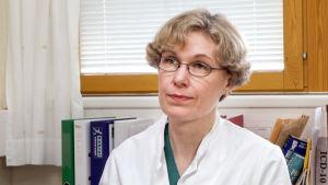 Ylilääkäri Mari Grönroos