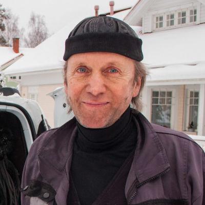 Sotare Kjell Knipström.