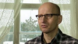 Jukka Lietzen haastattelukuvassa