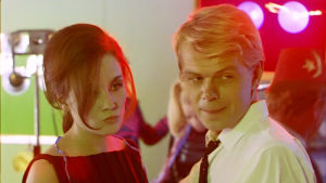 Liisamaija Laaksonen ja Lasse Mårtenson elokuvassa Mustaa valkoisella.