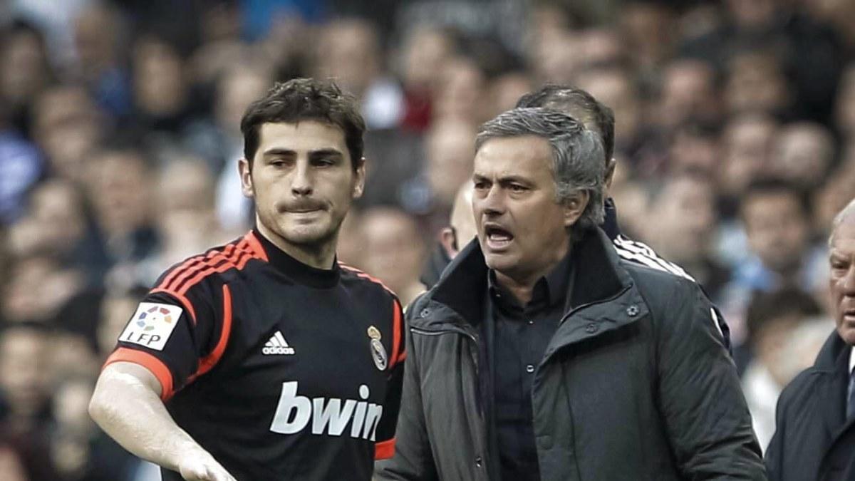 Uppror mot mourinho i real