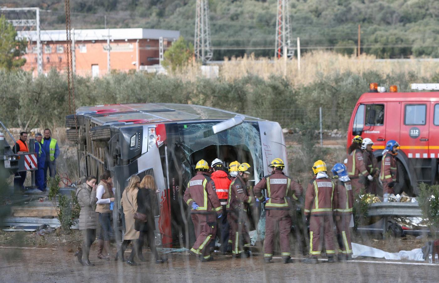 56 doda i indisk bussolycka