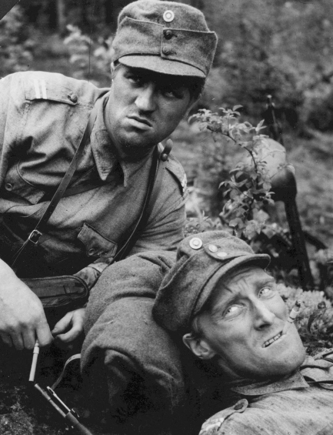 Tuntematon Sotilas 1955 Näyttelijät