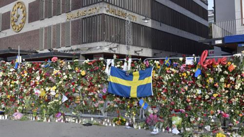 Attentatet kastar skugga over ettarsdagen