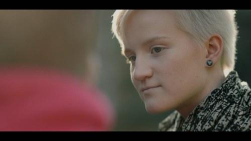 Nadia Jay imee ja nussii - Musta ja valkoinen Ilmaiset Porno Videot,Suomi.