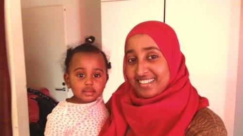 Ungdomar soker sina rotter i somalia