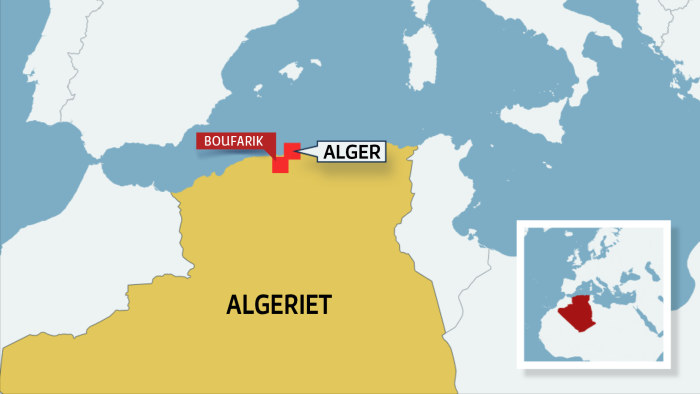 Militarflyg stortade i bostadsomrade i algeriet