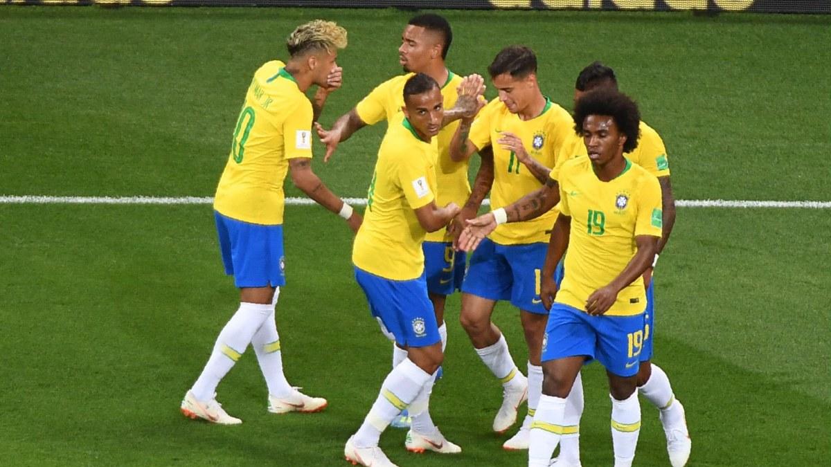 Skrallen brasilien utmanar serbien