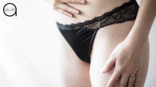 kuuma musta naiset seksiäHentai bug porno