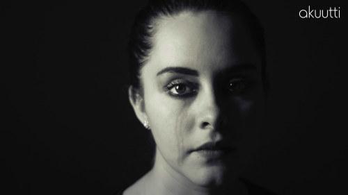 narsisti nainen pettää