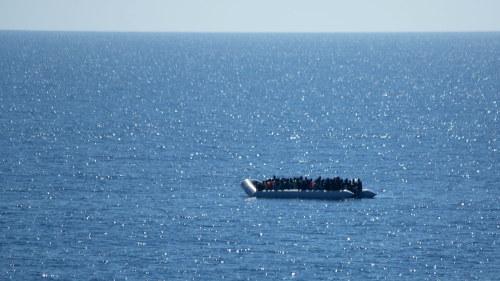 Vill ta sig fran libyen till europa