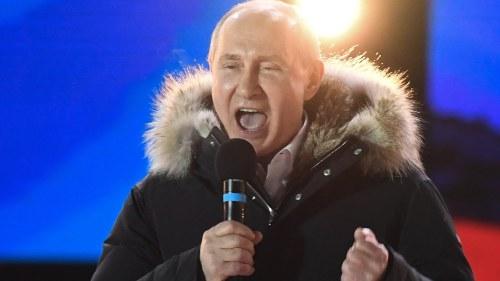 Ryssland hurrade for sovjetisk seger