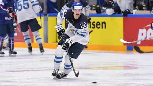 Lejonen slipar VM-formen – följ den svenska EHT-turneringen på Yles ... bf1e844ebbc2e