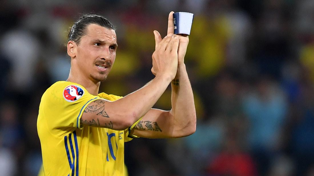 Zlatan historisk i psgs uppvisning