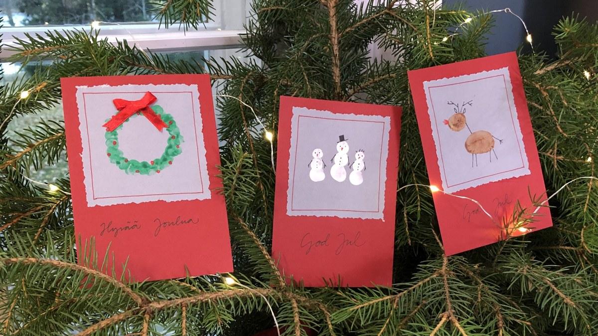 Askartele tänä vuonna joulukortit lasten kanssa  sormiväripainanta...
