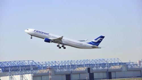 Finnair permitterar