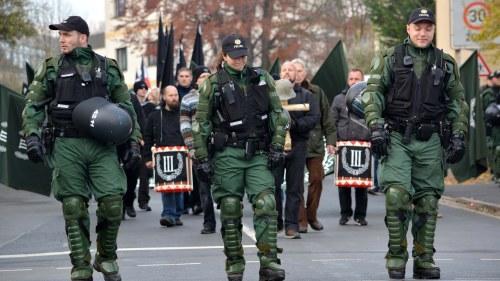 Tyska nynazister marscherar i dag