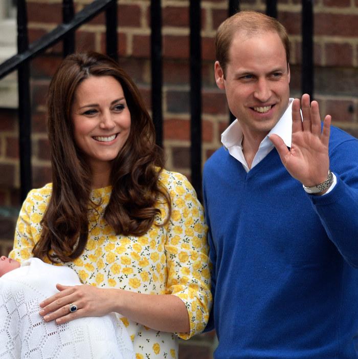 Familjen pa utflykt med lilla prinsessan