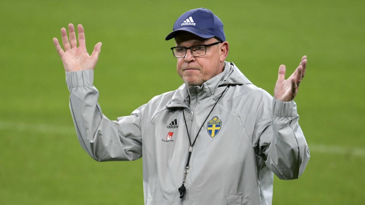 Myndigheter stoppade Norges match och Sveriges förbundskapten smittades av covid-19 – också Finland och ...