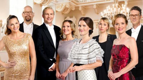 51b010ae6106 Våra utsända på årets slottsbal | Slottsbalen | svenska.yle.fi